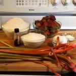 Étape 1 de la recette de biscuits fraises et rhubarbe