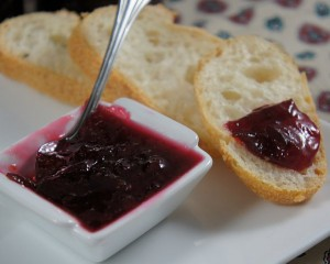 Confiture de prunes onctueuse la cannelle guide des for Prune en conserve
